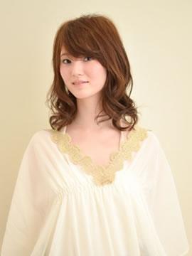 Aileの髪型・ヘアカタログ・ヘアスタイル