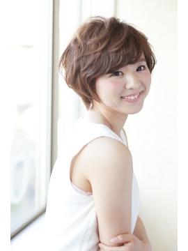 bomsの髪型・ヘアカタログ・ヘアスタイル