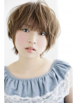 Cloeの髪型・ヘアカタログ・ヘアスタイル