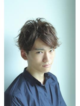 QUALISの髪型・ヘアカタログ・ヘアスタイル