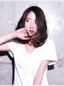 karte (カルテ)中目黒のヘアカタログ画像