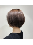 Euphoria 【ユーフォリア】銀座本店のヘアカタログ写真