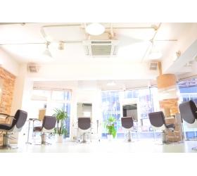 Euphoria+e【ユーフォリア・イー】 60階通りの店舗写真2