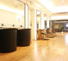 DESSANGE・PARIS銀座店の店舗写真3