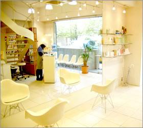 INFIS (インフィス) 銀座の店舗写真2